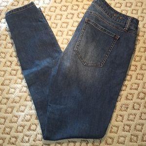 CAbi denim skinny jeans size 6, EUC